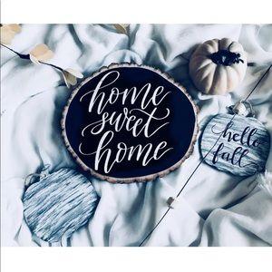 Other - 💕HP💕 Custom Wood Slice home decor